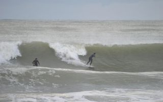 Ski & Surf την ίδια μέρα... Είναι δυνατόν?